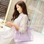 [ พร้อมส่ง ] - กระเป๋าแฟชั่น สไตล์เกาหลี สีม่วงพาสเทล ทรง Shopping Bag ลายจุด Polka Dot แบบใส แฟชั่นรับหน้าฝน มาพร้อมกระเป๋าลูกใบเล็กอีก 1 ใบคุ้มค่าการใช้งานค่ะ