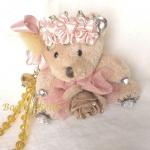 ตุ๊กตาหมี สีน้ำตาลอ่อน ประดับดอกกุหลาบ ห้อยลูกปัดคริสตัล สำหรับห้อยกระเป๋าหรือเป็นพวงกุญแจ