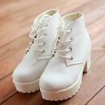 รองเท้าบู๊ทสั้นสีขาว ส้นสูง ผูกเชือก แฟชั่นน่ารักๆ สไตล์เกาหลี Size 35 - 40