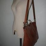 ขายแล้วค่ะ B14:Vintage leather bag กระเป๋าหนังแท้สะพายข้างหรือถือได้ แฟชั่นวินเทจ&#x2764