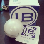 IB Snow White Cream ไอบีสโนว์ไวท์ครีมหน้าขาวใสจากเกาหลี