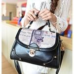 [ พร้อมส่ง ] - กระเป๋าแฟชั่น นำเข้าสไตล์เกาหลี สีดำ ปริ้นลายสไตล์วินเทจ ดีไซน์น่ารักแบบเก๋มากๆ งานสวยเนี๊ยบ ทะมัดทะแมง