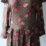 T101:2nd hand top เสื้อลายดอกกุหลาบสีชมพูหวาน ผ้าเนื้อนิ่ม