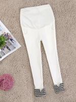 (พรีออเดอร์) กางเกงคนท้องขาสามส่วนสีขาว