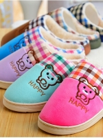 (Pre order)รองเท้าแตะ หมี Happy ใส่สบายนุ่มเท้า มีหลายสีให้เลือกค่ะ