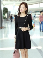 (Pre-order)ชุดเดรสเกาหลี New fashion Korea เลือกสีดำ