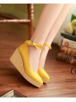 (Pre order)รองเท้าส้นเตารีดสูง 3 นิ้วหนัง PU สีเหลือง