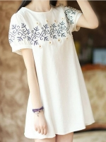 (Pre-order)มินิเดรสสีขาวปักลายผ้าฝ้าย