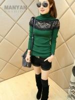 (Pre-order)เสื้อถักสไตเกาหลีแต่งลูกไม้ สีเขียวเข้ม