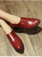 (Pre order)รองเท้าส้นเตี้ยหนังขัดมัน สำหรับสาวมาดมั่น ใส่สวย เท่ห์มากค่ะ