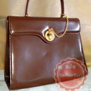 B24:Vintage leather bag กระเป๋าถือ ทรงสี่เหลี่ยม หนังแท้ สีน้ำตาล สวยสง่างาม