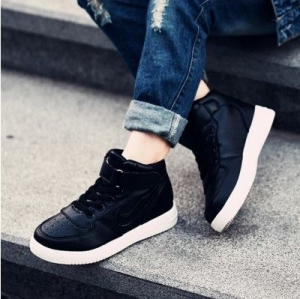 รองเท้าผ้าใบเด็ก รองเท้าหุ้มข้อ หนังสีดำ งานคุณภาพดีหนังเนื้อนื่ม มีไซส์ 33/20cm.
