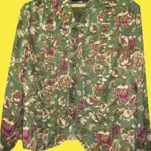 ขายแล้วค่ะ T36:Vintage top เสื้อวินเทจสีเขียวลายดอกไม้หวาน คอโบว์&#x2764