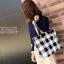 [ พร้อมส่ง ] - กระเป๋าแฟชั่นนำเข้า สไตล์เกาหลี ลายตารางขาวดำ เก๋ๆ ดีไซน์สวยๆ ทรง Shopping งานหนังมันเงา สาวๆห้ามพลาด thumbnail 14