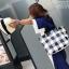 [ พร้อมส่ง ] - กระเป๋าแฟชั่นนำเข้า สไตล์เกาหลี ลายตารางขาวดำ เก๋ๆ ดีไซน์สวยๆ ทรง Shopping งานหนังมันเงา สาวๆห้ามพลาด thumbnail 12