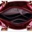 [ ลดราคา ] - กระเป๋าแฟชั่น สีดำคลาสสิค พิมพ์ลายดอกสุดหรู ขนาดกระทัดรัด ทรงถือ&สะพายเก๋ๆ ดีไซน์แบรนด์ดัง สไตล์ยุโรป หรูดูดีไม่ซ้ำใคร thumbnail 17