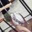[ Pre-Order ] - กระเป๋าแฟชั่นสะพายไหล่ สีเทาสุดหรู ใบกลางๆ ทรงขนมจีบสุดเก๋ ดีไซน์สวยเรียบหรู งานหนังคุณภาพอย่างดี ปรับใช้งานได้หลายสไตล์ thumbnail 3