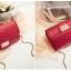 [ พร้อมส่ง ] - กระเป๋าแฟชั่น กระเป๋าคลัทช์&สะพาย สีแดง ไซส์ MINI งานหนังคุณภาพ แต่งอะไหล่สีทองอย่างดี มีสายโซ่สะพายไหล่ thumbnail 9