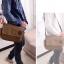 [ พร้อมส่ง ] - กระเป๋าแฟชั่น ผู้ชาย ผู้หญิงใช้ได้ สะพายข้าง สีน้ำตาล ใบกลางๆ ช่องใส่ของเยอะ Canvas+Nylon คุณภาพ ตัดเย็บอย่างดี thumbnail 4