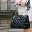 [ ลดราคา ] - กระเป๋าแฟชั่น นำเข้าสไตล์เกาหลี สีดำ ใบกลาง ดีไซน์เรียบๆ น้ำหนักเบา เหมาะกับทุกโอกาส thumbnail 1