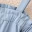 มินิเดรสไซส์ใหญ่สายเดี่ยวเปิดไหล่ผ้าคอตตอนสีฟ้าอ่อนมีกระดุมด้านหน้า thumbnail 5