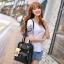 [ Pre-Order ] - กระเป๋าเป้แฟชั่น นำเข้าสไตล์เกาหลี สีแดงเข้ม แต่งหัวเข็มขัดช่องใส่ของด้านหน้า ดีไซน์สวยเก๋ ที่สาวๆ ไม่ควรพลาด thumbnail 4