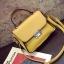 [ Pre-Order ] - กระเป๋าแฟชั่น ถือ/สะพาย สีเหลือง ทรงสี่เหลี่ยม ใบเล็กกระทัดรัด ดีไซน์สวยเรียบหรู ดูดี งานหนังคุณภาพ คุ้มค่าการใข้งาน thumbnail 14