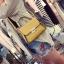 [ Pre-Order ] - กระเป๋าแฟชั่น ถือ/สะพาย สีเหลือง ทรงสี่เหลี่ยม ใบเล็กกระทัดรัด ดีไซน์สวยเรียบหรู ดูดี งานหนังคุณภาพ คุ้มค่าการใข้งาน thumbnail 4