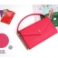 [ Pre-Order ] - กระเป๋าสตางค์แฟชั่น สไตล์เกาหลี สีชมพูบานเย็น ใบใหญ่(รุ่นใหม่หนังสวย) แต่งมงกุฎ งานหนังอัดลายสวยน่ารัก น่าใช้มากๆค่ะ thumbnail 2