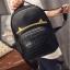 [ Pre-Order ] - กระเป๋าเป้แฟชั่น สไตล์เกาหลี สีดำคลาสสิค หนังอัดลายตารางด้านหน้า ดีไซน์สวยเก๋ไม่ซ้ำใคร งานหนังหนา มันเงาสวยมากค่ะ thumbnail 4