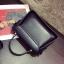 [ Pre-Order ] - กระเป๋าแฟชั่น ถือ/สะพาย สีดำ ทรงสี่เหลี่ยม ใบเล็กกระทัดรัด ดีไซน์สวยเรียบหรู ดูดี งานหนังคุณภาพ คุ้มค่าการใข้งาน thumbnail 14