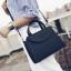 [ ลดราคา ] - กระเป๋าแฟชั่น ถือ&สะพาย สีดำคลาสสิค ใบกลางๆ ดีไซน์สวยเท่เก๋ๆ งานหนังคุณภาพ เหมาะสำหรับสาวๆ Working Woman เท่ๆสุดๆน่าใช้ thumbnail 1
