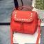 [ ลดราคา ] - กระเป๋าแฟชั่น นำเข้าสไตล์เกาหลี สีแดงโดดเด่น ปักหมุดขอบ ทรง Retro เก๋ๆ ดีไซน์สวยเท่ๆ แบบเก๋มากๆ เหมาะสำหรับสาวๆ ชอบงานดีไซน์ ล้ำๆ thumbnail 16