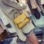 [ Pre-Order ] - กระเป๋าแฟชั่น ถือ/สะพาย สีเหลือง ทรงสี่เหลี่ยม ใบเล็กกระทัดรัด ดีไซน์สวยเรียบหรู ดูดี งานหนังคุณภาพ คุ้มค่าการใข้งาน thumbnail 1