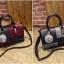 [ Pre-Order ] - กระเป๋าแฟชั่น นำเข้าสไตล์เกาหลี สีทูโทนเทา-ดำ ทรงหมอนใบหลาง ห้อยป้อมๆ สไตล์สาวมั่น ดีไซน์สวยเก๋เท่ๆ thumbnail 4