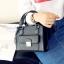 [ ลดราคา ] - กระเป๋าแฟชั่น สะพายไหล่ สีดำคลาสสิค ไซส์ MINI กระทัดรัด ดีไซน์สวยเรียบหรู งานหนังคุณภาพ เหมาะสำหรับสาวๆ thumbnail 6