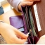 [ พร้อมส่ง ] - กระเป๋าสตางค์แฟชั่น สไตล์เกาหลี สีน้ำตาลเข้ม ใบยาว แต่งกระรอกน้อย งานสวยน่ารัก น่าใช้มากๆค่ะ thumbnail 8