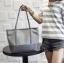 [ พร้อมส่ง ] - กระเป๋าแฟชั่น สีเทาเข้ม ทรง Shopping Bag ใบใหญ่ ดีไซน์สวยเรียบเก๋ งานหนังอย่างดีคุ้มค่าเกินราคา thumbnail 4