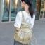 [ ลดราคา ] - กระเป๋าเป้แฟชั่น นำเข้าสไตล์เกาหลี สีทองโดดเด่น สุดเก๋ ดีไซน์สวยเก๋ไม่ซ้ำใคร สวยสุดมั่น เหมาะกับสาว ๆ ที่ชอบกระเป๋าเป้ใบกลางค่ะ thumbnail 8