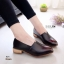 K01 รองเท้าคัชชู หนัง pu แต่งให้ดู สีคลาสสิก ส้นตัดสีไม้ thumbnail 2