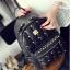 [ ลดราคา ] - กระเป๋าเป้แฟชั่น สไตล์เกาหลี สีแดงเข้ม ปักหมุดเท่ๆ ดีไซน์แบรนด์ดัง ทรงสวยเก๋ไม่ซ้ำใคร งานหนังคุณภาพอย่างดีค่ะ thumbnail 9