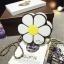 [ Pre-Order ] - กระเป๋าแฟชั่น กระเป๋าสะพาย นำเข้าสไตล์เกาหลี ทรงรูปดอกไม้สีขาว ดีไซน์สวยเก๋น่ารัก โดดเด่นแปลกสวยไม่เหมือนใคร สาวๆชอบงานโดดเด่น ห้ามพลาด thumbnail 12