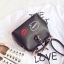 [ Pre-Order ] - กระเป๋าแฟชั่น ถือสะพาย สีดำ ทรง Retro สุดแนว ดีไซน์สวยเก๋ๆ เท่ๆ แอบเปรี้ยว ดูดี โดดเด่นไม่ซ้ำใคร thumbnail 16