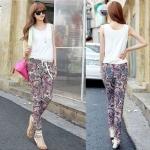 สินค้าพร้อมส่งค่ะ) ชุดแฟชั่น Jumpsuit กางเกงขายาวเกาหลี คอกลม แขนกุด ผ้า cotton+silk เนื้อดีพิมพ์ลายช่วงกางเกง เอวรูดเข้าเก๋ – สีขาว (Size: M)