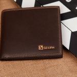 กระเป๋าสตางค์ผู้ชาย รุ่น SEVJINK SQ - Dark Brown
