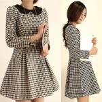(สินค้าพร้อมส่งค่ะ) ชุดเดรสเกาหลี คอบัว แขนตุ๊กตายาว ผ้า knitted หนาดี จับจับทบคู่ช่วงกระโปรง – สี Houndstooth (Size: M)