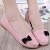 รองเท้าคัทชูส้นเตี้ยสีชมพู แต่งโบว์สีดำ หนังPU พื้นยาง สไตล์หวาน แฟชั่นเกาหลี