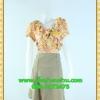 1510ชุดแซกทำงาน เสื้อผ้าคนอ้วนชุดผ้าเหลืองลายดอกคอวีป้ายแต่งระบายแทรกด้านหน้า กระโปรงผ้าสราฟแยกย้วย6ชิ้นหน้าหลัง