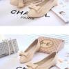รองเท้าคัทชูส้นเตี้ยสีครีม หัวแหลม แต่งโบว์ หนังPU สไตล์หวาน เรียบง่าย แฟชั่นเกาหลี