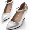 รองเท้าคัทชูส้นเตารีด หัวแหลม (สีเงิน)